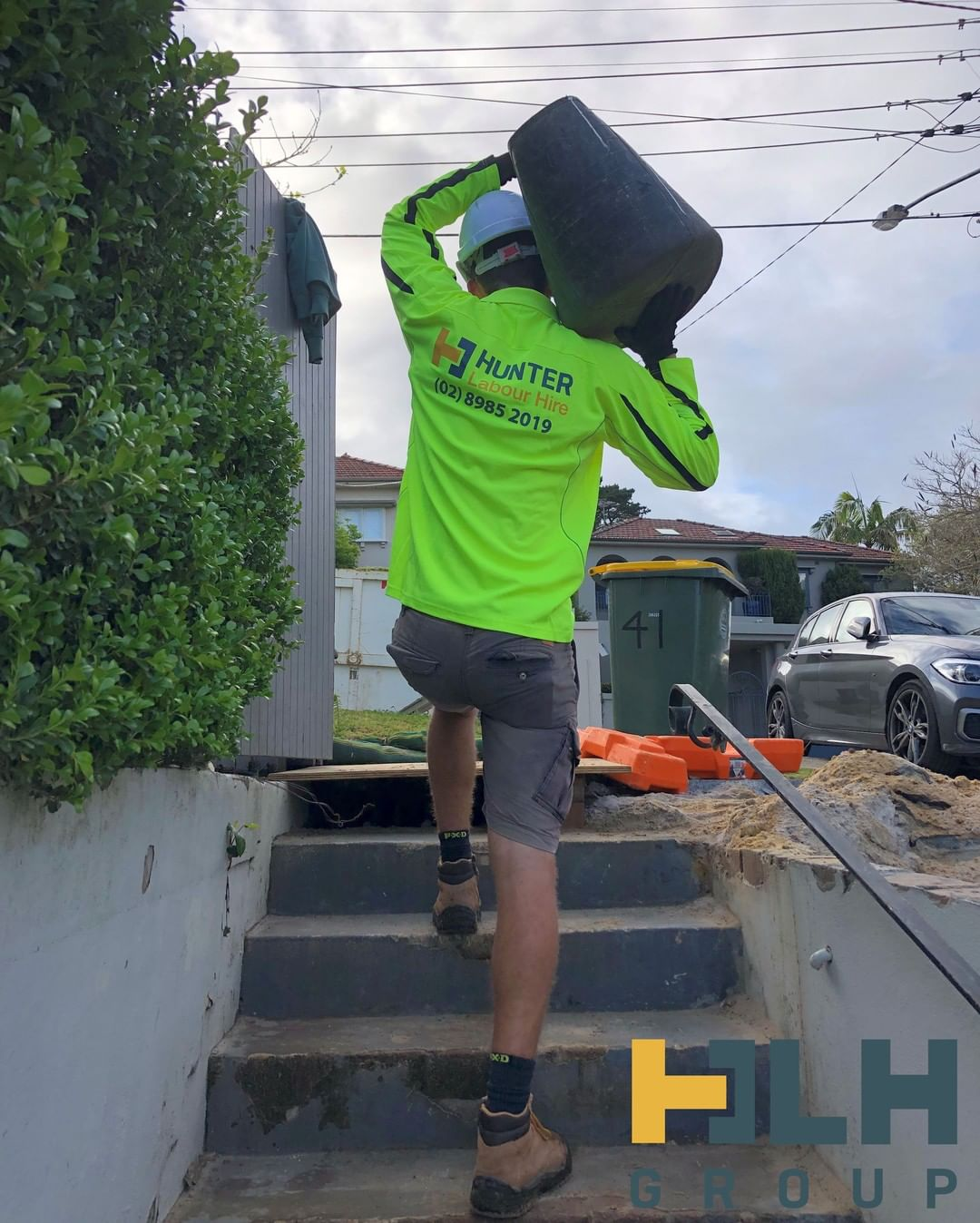 No long weekend hangover for David, who was out and about working hard this morning. How did you enjoy your long weekend? ☀️ ___ If you have any upcoming labour hire requirements or wish to become a part of the HLH team simply give us a call on (02) 89852019 or email us at info@hunterlabourhire.com.au and one of our friendly team will get back to you asap ___ #hunterlabourhire #hlhgroup #labourhire #labourhiresydney  #reliablelabour #constructionjobs #sydneybuilder #sydneybuilders #buildersofinsta #sydneyconstruction #skilledtrades #safetyfirst #sydneyjobs #picoftheday #loveyourwork  #safework
