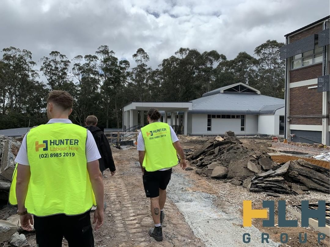 Joe & Laird busy completing their weekly site visit exploring our client's construction project in Wahroonga ___ If you have any upcoming labour hire requirements or wish to become a part of the HLH team simply give us a call on (02) 89852019 or email us at info@hunterlabourhire.com.au and one of our friendly team will get back to you asap ___ #hunterlabourhire #hlhgroup #labourhire #labourhiresydney  #reliablelabour #constructionjobs #sydneybuilder #sydneybuilders #buildersofinsta #sydneyconstruction #skilledtrades #safetyfirst #sydneyjobs #picoftheday #loveyourwork  #safework